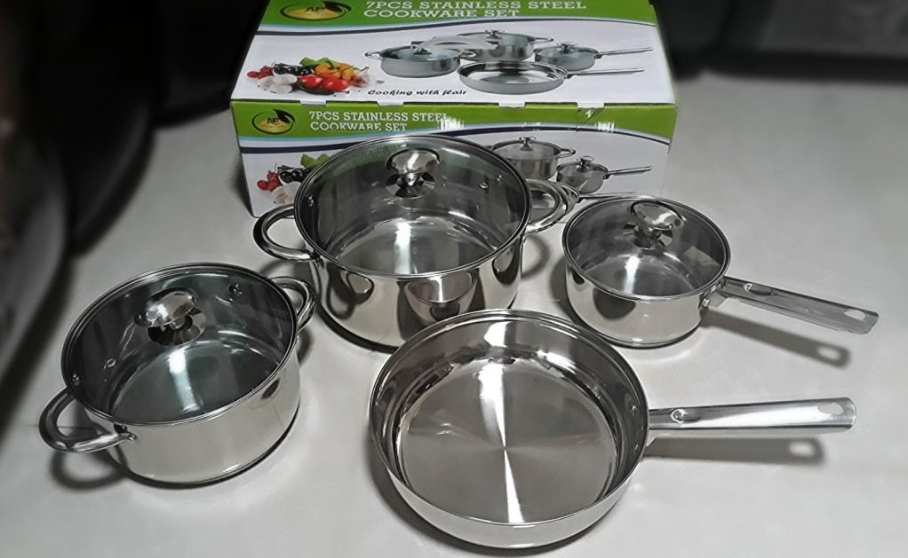 STAINLESS STEEL 12 PIECE INDUCTION COOKWARE SET - LEFT click for more details